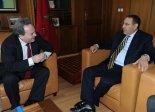 Examen des perspectives de coopération commerciale entre le Maroc et le Royaume-Uni ( M. Ian Lucas, « shadow foreign Minister » pour le Moyen orient et l'Afrique du Nord)