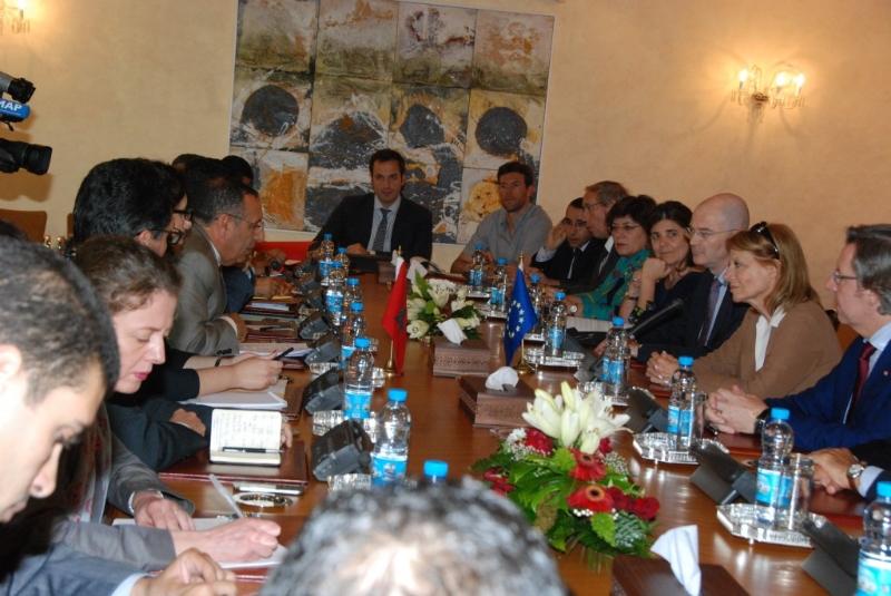 M. Youssef Amrani, a reçu une délégation de parlementaires du Groupe Socialiste au parlement européen, dans le cadre de la Commission parlementaire Mixte Maroc-UE.