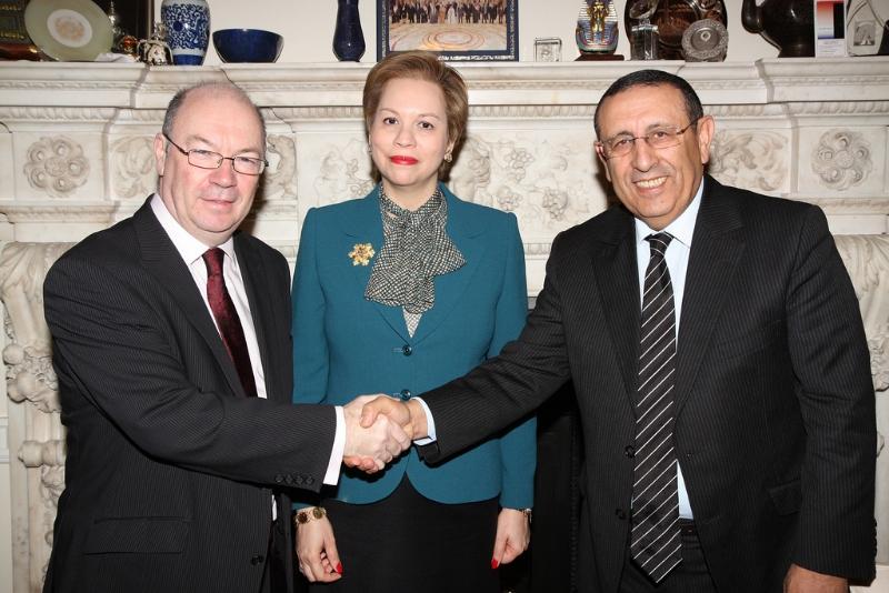 M. Youssef Amrani, Chrifa Lalla Joumana et M. Alistair Burt