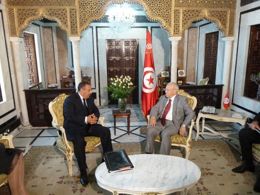Youssef Amrani\'s meeting with Tunisian Prime Minister, M. Béji Caïd Essebsi