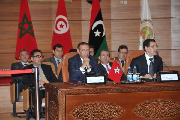 M.Amrani et M. Saad Dine El Otmani lors de la 31ème session du Conseil des Ministres des Affaires étrangères de l\'UMA.