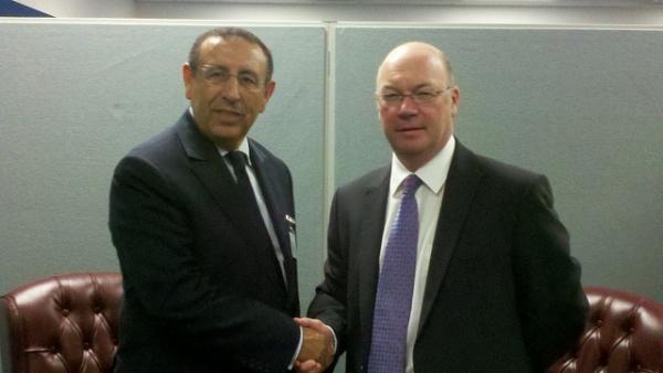 Entretien de M. Amrani avec le ministre au Foreign Office chargé du Moyen-Orient et de l'Afrique du nord, Alistair Burt en marge de la 67ème session de l'Assemblée Générale.